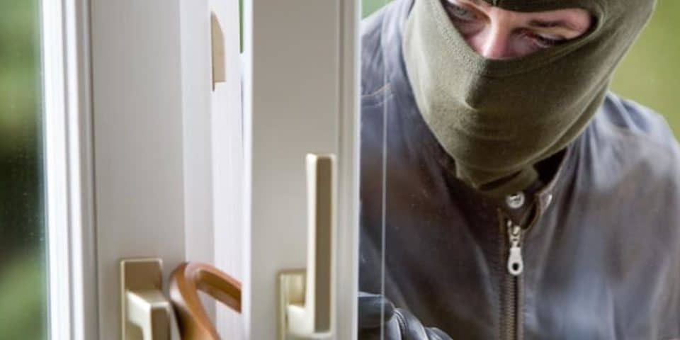 Τι μέτρα ασφάλειας να πάρουμε απέναντι σε κλοπές και διαρρήξεις